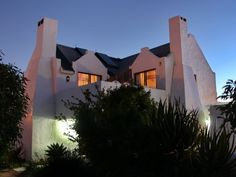 5 Bedroom House For Sale in Paternoster Central