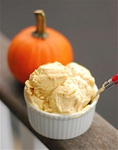 Pumpkin Frozen yogurt: 1 Cup Greek yogurt, 1 cup pumpkin puree, 1 T. Sugar, 1 t. pumpkin pie spice