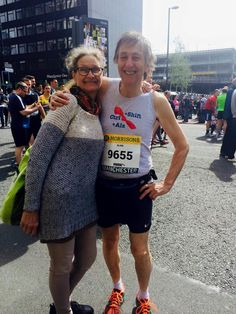 Running for the cause. Alan & Lena at the start of the Manchester 10K.