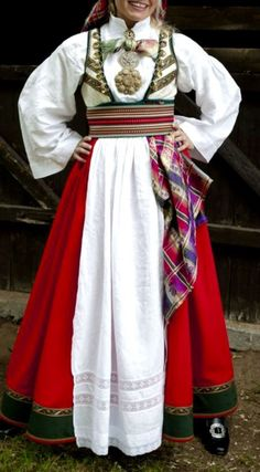 Bridal costume (bunad) for rent at Almankås in Bø in Telemark County - www. Traditional Fashion, Traditional Dresses, Norwegian Clothing, Costumes Around The World, Thinking Day, Bridal Crown, Folk Costume, People Of The World, Vintage Costumes