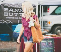 #TheMamuyeTote goes to the Farmer's Market - via Edit By Lauren blog