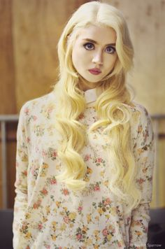 YouPic - Portrait: Allison Harvard