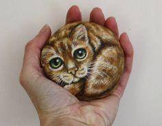 Pintura de la roca del gato ojos de gato de Tabby de