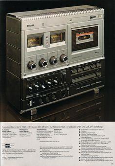 Philips 1977 - www.remix-numerisation.fr - Rendez vos souvenirs durables ! - Sauvegarde - Transfert - Copie - Digitalisation - Restauration de bande magnétique Audio - MiniDisc - Cassette Audio et Cassette VHS - VHSC - SVHSC - Video8 - Hi8 - Digital8 - MiniDv - Laserdisc - Bobine fil d'acier - Digitalisation audio Cd Audio, Audio Sound, Hifi Audio, Radios, Cassette Recorder, Tape Recorder, Hi Fi System, Audio System, Tecnologia