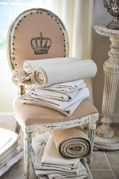 Heather Bullard: Upholstering with Antique Linens