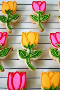 Galletas de flores decoradas- Flower decorated sugar cookies