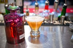 Margaritan maustaa tulinen chili ja sitruksinen tamarindi-hedelmä Pint Glass, Margarita, Whiskey Bottle, Chili, Coffee Maker, Beer, Drinks, Tableware, Food