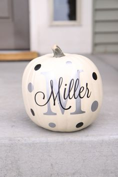 Another great find on Silver & Black Personalized Pumpkin Decal Set by The Vinyl Company Pumpkin Crafts, Fall Crafts, Holiday Crafts, Holiday Fun, Holiday Decor, Pumpkin Ideas, Pumpkin Art, Pumpkin Recipes, Holiday Ideas