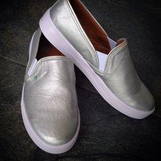 Slip-on shoes zapatos fashiontrends Fashion moda plateado silver