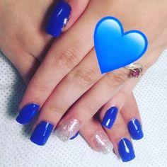 Terrible polish job buttt.. #promnails ������ #acrylics #tipwithoverlay #gels #blue #royalblue #cosmetologyschool #cosmetology #nails #cosmetologystudent #shine (done by myself��) http://tipsrazzi.com/ipost/1512011888832500065/?code=BT7vs1KB1Fh