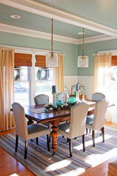 coastal Christmas dining room