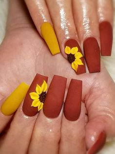 Halloween Acrylic Nails, Fall Acrylic Nails, Fall Nail Art Designs, Acrylic Nail Designs, Bright Nail Designs, Halloween Nail Designs, Sunflower Nail Art, Cute Nails For Fall, Fall Nails