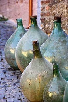 Brocante Drenthe So many demijohns . Antique Bottles, Vintage Bottles, Bottles And Jars, Antique Glass, Glass Bottles, Vintage Wine, Vintage Perfume, Perfume Bottles, French Decor