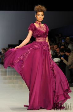 Fouad Sarkis - Couture - Spring-summer 2014 - http://www.flip-zone.net/fashion/couture-1/independant-designers/fouad-sarkis-4492