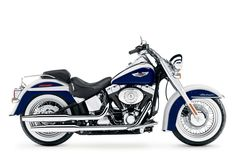 '06 Harley Davidson Softail Deluxe - The bike that my mom wants. (: