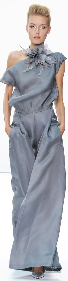 Daks.Spring 2015. http://www.style.com/slideshows/fashion-shows/spring-2015-ready-to-wear/daks/collection/14