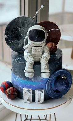 18th Birthday Cake, Baby Boy Cakes, Beautiful Birthday Cakes, Themed Birthday Cakes, Cakes For Boys, Themed Cakes, Baby Boy Birthday Cake, Rocket Cake, Gateau Baby Shower