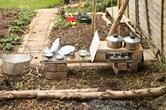 Create with your hands: Outdoor Play: Mud & Water Play Kitchen.  Great to leave out all the time, even in the elements!
