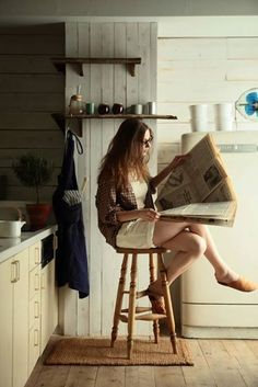 "para56: "" I wish I got as much in bed as I get in the newspapers. "" ~ Beautiful Bookworms ~"