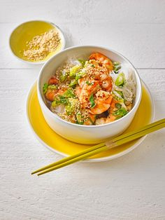 King Prawns mit Lauchzwiebeln Prawn, Thai Red Curry, Food And Drink, Ethnic Recipes, Yummy Recipes, Popular Recipes, Quick Recipes, Vegetarian Recipes, Healthy Nutrition