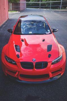 Luxury cars from BMW Motor. A BMW with a sporty design is everyone's dream. Bentley Auto, Bugatti Auto, E46 330, Bmw X5 F15, Lamborghini, Maserati, E90 Bmw, Bmw Autos, Sweet Cars