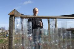 Zelfbewust en zelfvoorzienend Leven » Blog Archive » Kas van plastic PET-flessen!