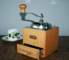 PeDe coffee grinder  1950  with metal coffee door HomiArticles