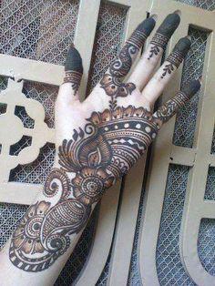 Eid Girls Mehndi Henna Designs 2020 - Bise World Mehndi Designs 2014, Latest Henna Designs, Stylish Mehndi Designs, Beautiful Mehndi Design, Arabic Mehndi Designs, Bridal Mehndi Designs, Mehandhi Designs, Mehndi Design Pictures, Mehndi Images