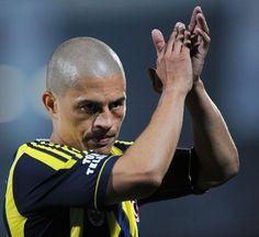 Türkiye Kupası Şampiyonu Fenerbahçe | Fenerbahçe 4-0 Bursapor | Gol: Alex de Souza