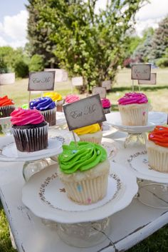 """""""eat me"""" cupcakes - mad-hatter birthday party"""
