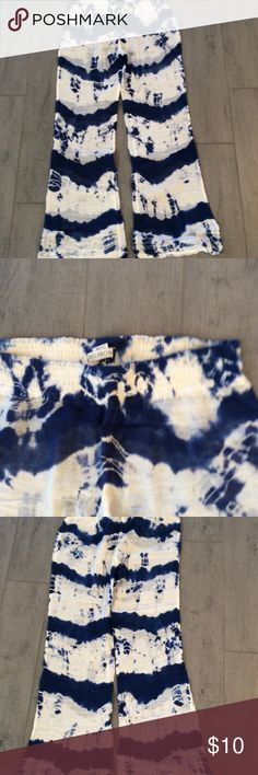 Billabong Tied Dye Pants, SZ XL Billabong blue and white tie dyed sheer gauze pants with a elastic waist great for over a bathing suit they run small the inseam is 29 inches waist is 32 inches hips are 20 inches across Billabong Pants Track Pants & Joggers
