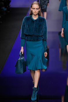 Elie Saab Fall 2013 Ready-to-Wear Fashion Show - Katya Riabinkina (Elite)