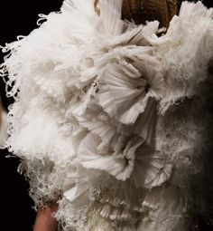 Textiles for Fashion - sculptural fabric manipulation with mixed fabric & fibre textures; 3d Fashion, Fashion Details, Fashion Show, Fashion Design, Couture Details, Fashion Fabric, Hijab Fashion, Runway Fashion, Design Textile