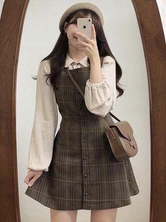 Korean Girl Fashion, Korean Street Fashion, Ulzzang Fashion, Korean Fashion Styles, Korean Fashion Winter, Korean Fashion Minimal, Kpop Fashion Outfits, Mode Outfits, Girl Outfits