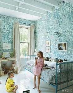 Over at Vogue aqua reigns supreme in this little girls room…even though the wall paper is a bit busy…it's perfect don't you think and with the solid light floor and accessories…the room is simply gorgeous.