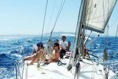 Va dove ti porta il vento: Uscite giornaliere dalla Marina di Scarlino con Catamarano Lagoon 400 (4 cabine 4 bagni), con pranzo a bordo e skipper a disposizione per poter navigare a Vela cullati dal mare e del vento