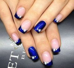 Beautiful blue for this French manicure