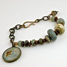 'Lazy Days of Summer' bracelet by Cherrie Fick of En La Lumiere http://www.designsinthelight.co.