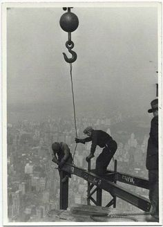 Empire State Building construction, 1930