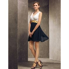 A-line V-neck Short/Mini Georgette Bridesmaid Dress