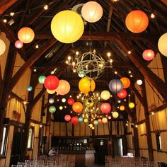 Colourful reception decorations http://gelinshop.com/ipost/1524553959838347574/?code=BUoTb_BFHE2