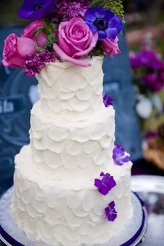 Purple themed wedding cake | Photo by Jill Lauren Photography Wedding Planning by Amina Michele Garrison of Some Like it Classic Wedding and Event Design Bakery: Sedona Cake Couture
