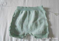 Paso a paso: pantalón corto de bebé… | Lana de Rosas Knitting For Kids, Baby Knitting, Crochet Baby, Knit Crochet, Knitted Baby Clothes, Baby Pants, Baby Sewing, Kids And Parenting, Baby Dress
