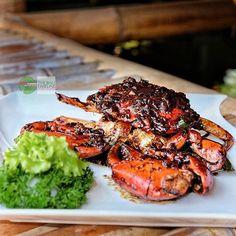 Food Blog Bali  #Food: Stir Fried Crab in Kam Heong Sauce #Delicious: 4/5 #Foodcious: menggunakan jenis Mud Crab terbaik & dipadu dengan bumbu saus Heong membuat makan siang kami benar2 memuaskan.  Kalu kamu penyuka kepiting you should try this one    Bubu Seafood & Chinese Restaurant by @ramarestobali Rp 620k/Kg  Jl. Nusa Dua Selatan    #crab #Kepiting