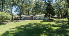 $179,900, 3 beds, 2 baths, 1802 sq ft - Contact Tina Whitman, Key Realty One, 734-497-6787 for more information.
