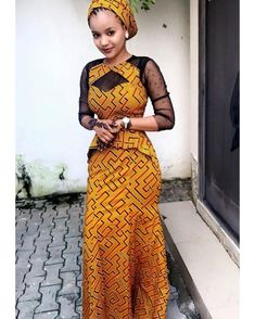 The way the Hausas spice up their Ankara outfits in a sophisticated way cannot be overlooked! They always make Ankara worth wearing for any occasion and event. The fun part… Latest African Fashion Dresses, African Dresses For Women, African Print Fashion, African Attire, African Wear, African Women, Ankara Fashion, African Style, Ankara Designs