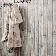 Brewers Wallpaper - Ideal Home Show 2013 Collection - Pelling Planks
