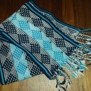 Sjaal in Mor Astrup techniek Knit Crochet, Mosaic, Knitting, Tricot, Mosaics, Breien, Ganchillo, Stricken, Weaving
