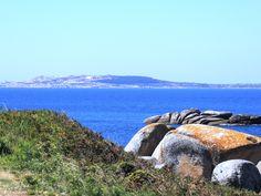 """La isla de Sálvora, que pertenece al parque natural """"Islas Atlánticas""""."""