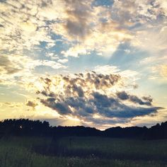 en lördagskväll när andra kanske var ute och dansade och drack öl tittade jag på solnedgången.